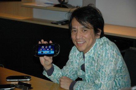 El diseñador del PS Vita nos habla del tamaño de la pantalla y de la batalla contra los ingenieros