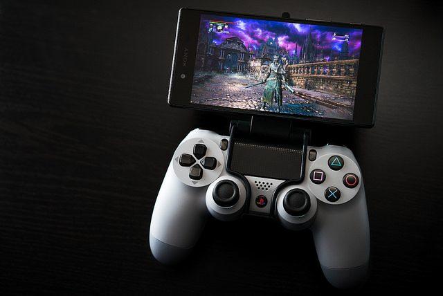 Xperia Z5 y Z5 Compact disponibles ya, con una guía para PS4 Remote Play